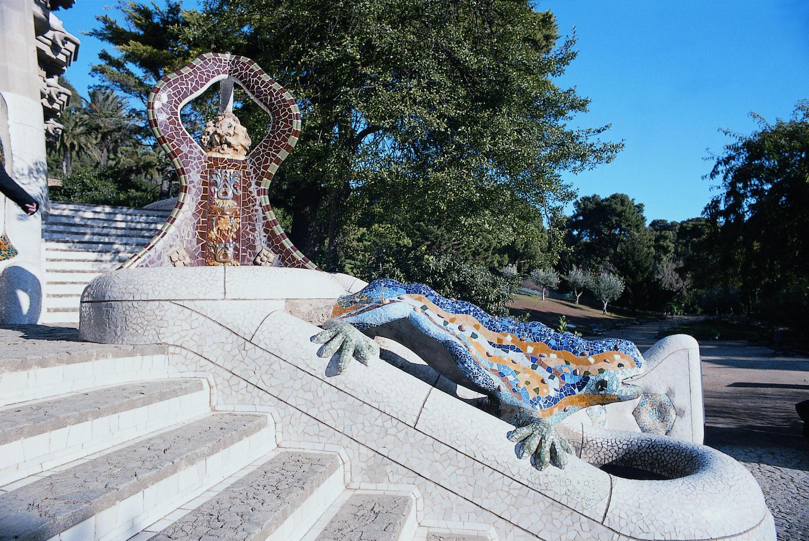 Parque Guell. An Unusual Way to Explore Barcelona