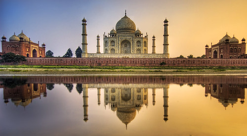 Farewell India - The Taj Mahal | by Stuck in Customs