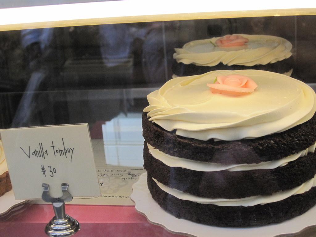 Decadence Cake Company Osoyoos