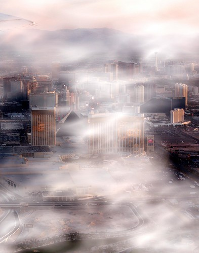 Low Clouds - Las Vegas Depature at 0615 April 8, 2008 | by BOSOX Photographix