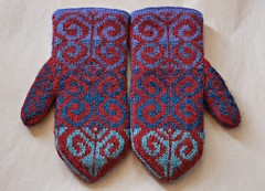 Fiddlehead Mittens | by helloyarn