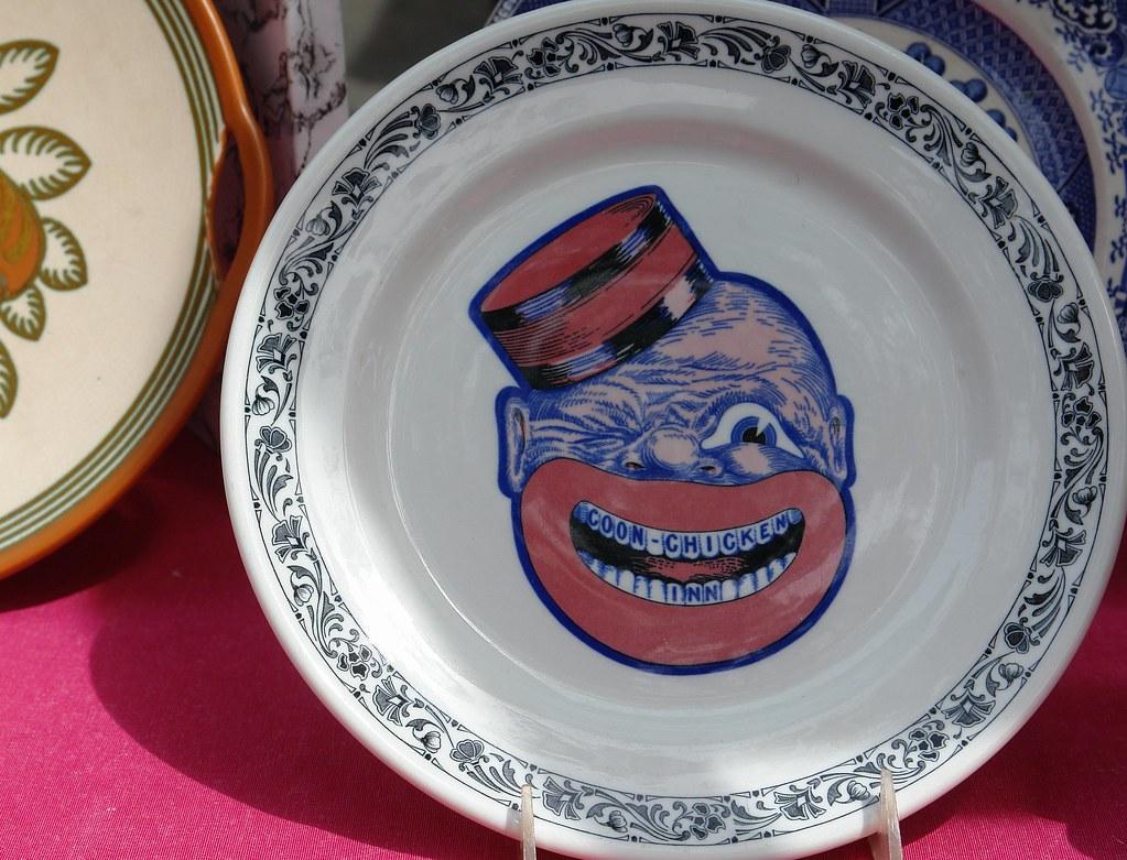 Coon chicken inn plate