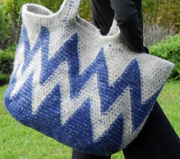 Tapestry Crocheted Zig Zag Big Bag | Carol Ventura | Flickr