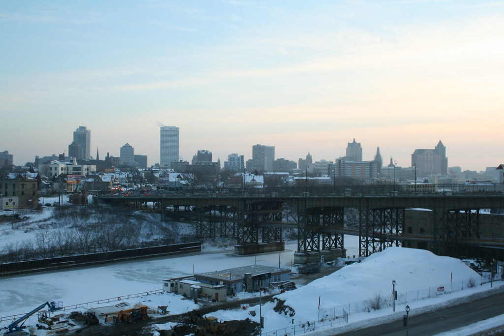 Holton Street Viaduct And Milwaukee Skyline A Shot Of The Flickr