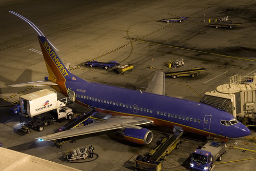 Southwest Airlines Boeing 737-300 - N637SW | by zonaphoto