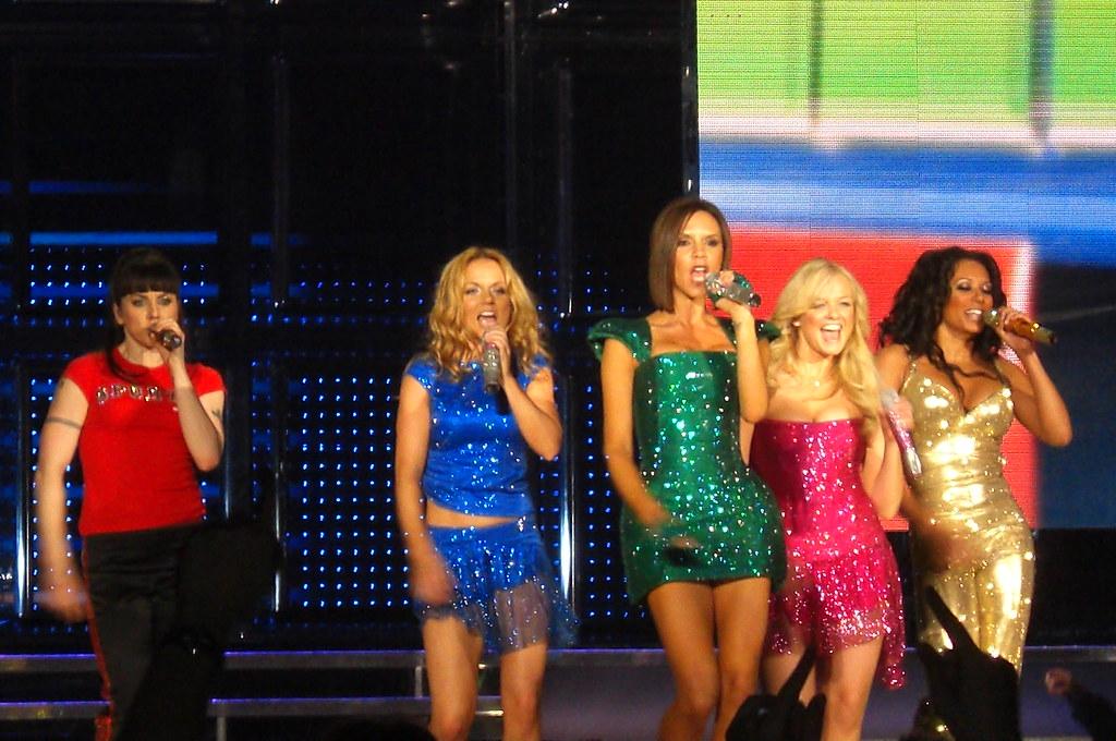 Spice Girls - Wannabe ...