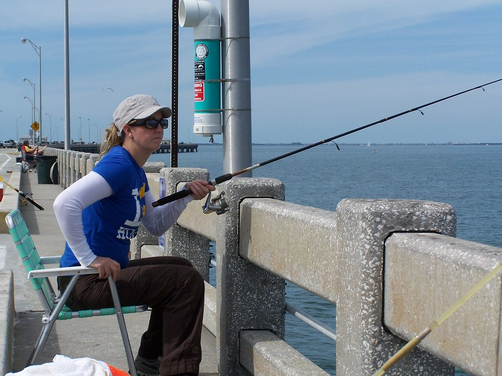 Saltwater fishing off of sunshine skyway pier pipe to my for Fishing off a pier