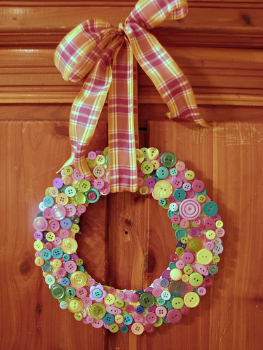 button wreath | by artsy-crafty babe