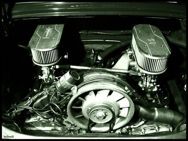 moteur porsche 911 t 2 2l 1971 carburateurs weber 4 flickr. Black Bedroom Furniture Sets. Home Design Ideas