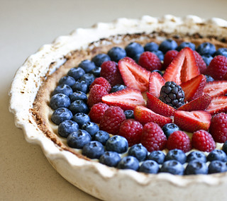 Berry-Topped White Balsamic Custard Tart | by Elissa @ 17 and Baking