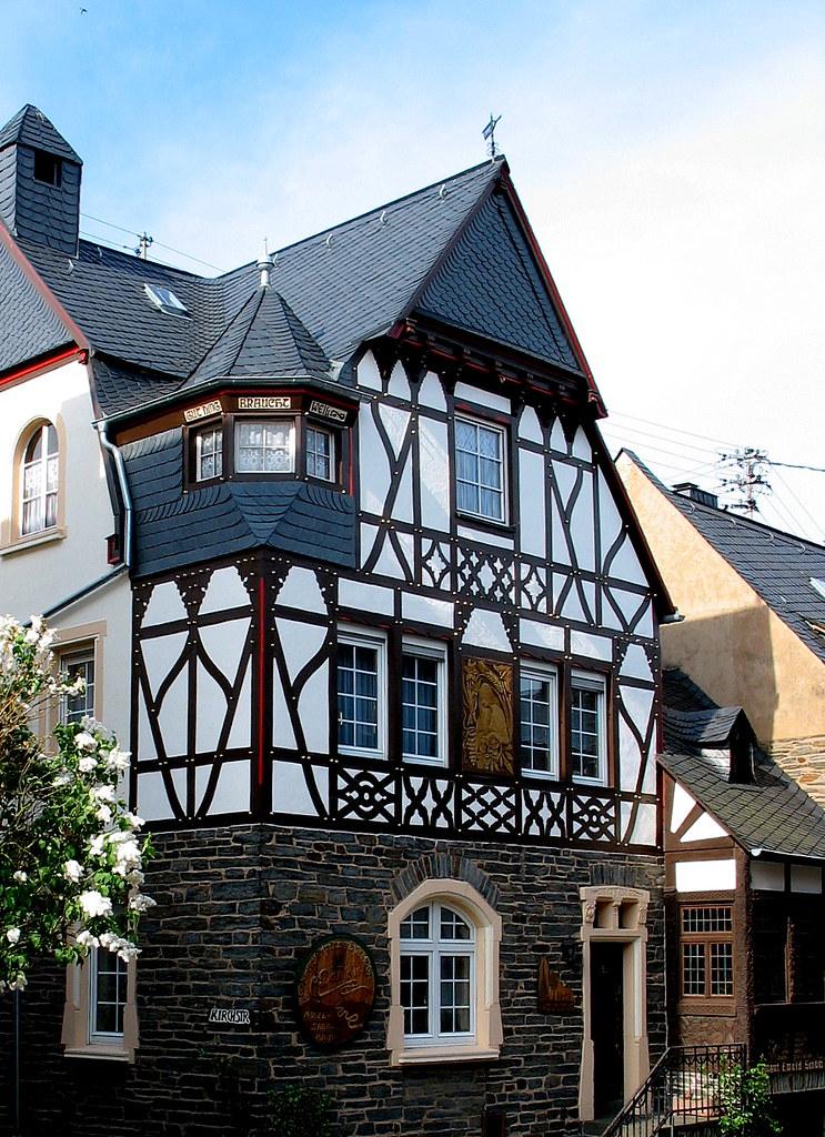 Fachwerk enxaimel colombages fachwerkhaus enkirch an for Fachwerk 3d