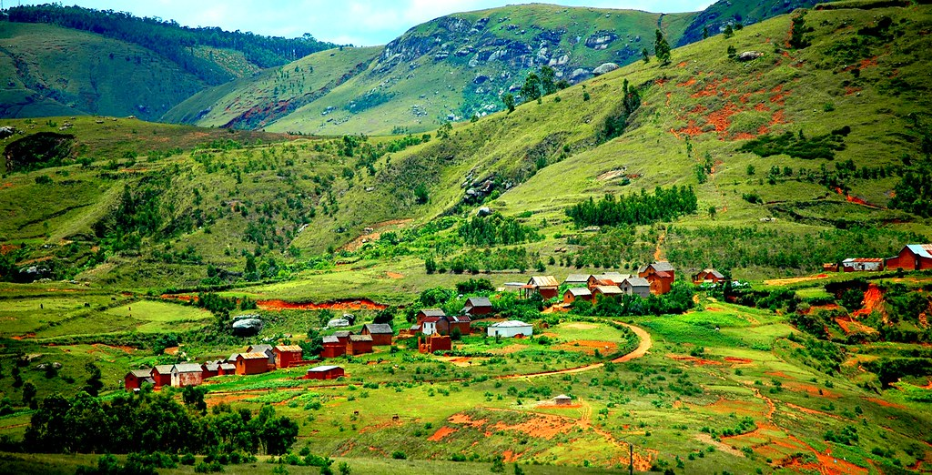 Madagascar: The Most Beautiful Scenery In The World - Repcillin Pure