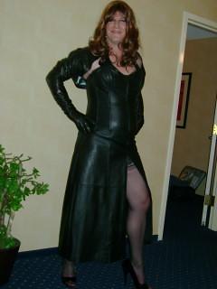 mistress Dominatrix leather