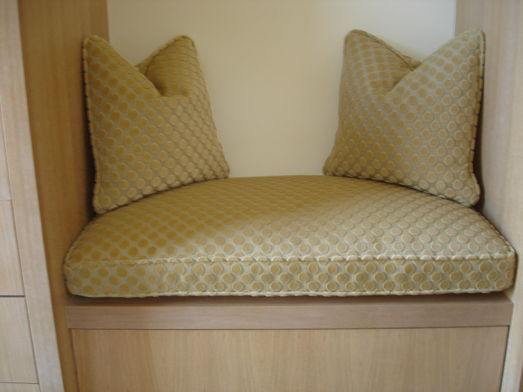 Seat Cushion With Toss Pillows Michael S Upholstery Flickr