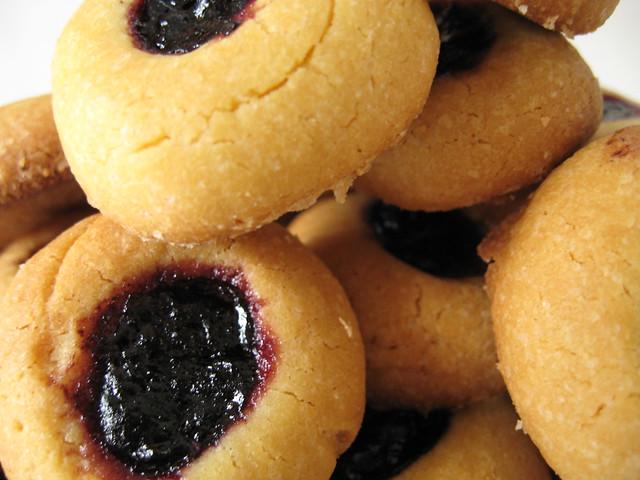 biscottini con cuore al mirtillo