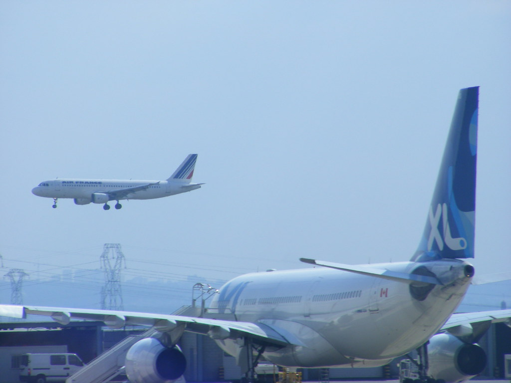 Xl airways france airbus a330 200 c gpts paris cdg flickr for Airbus a330 xl airways interieur