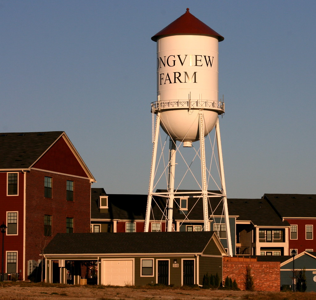 Longview farm water tower vincent parsons flickr for Farmhouse tower