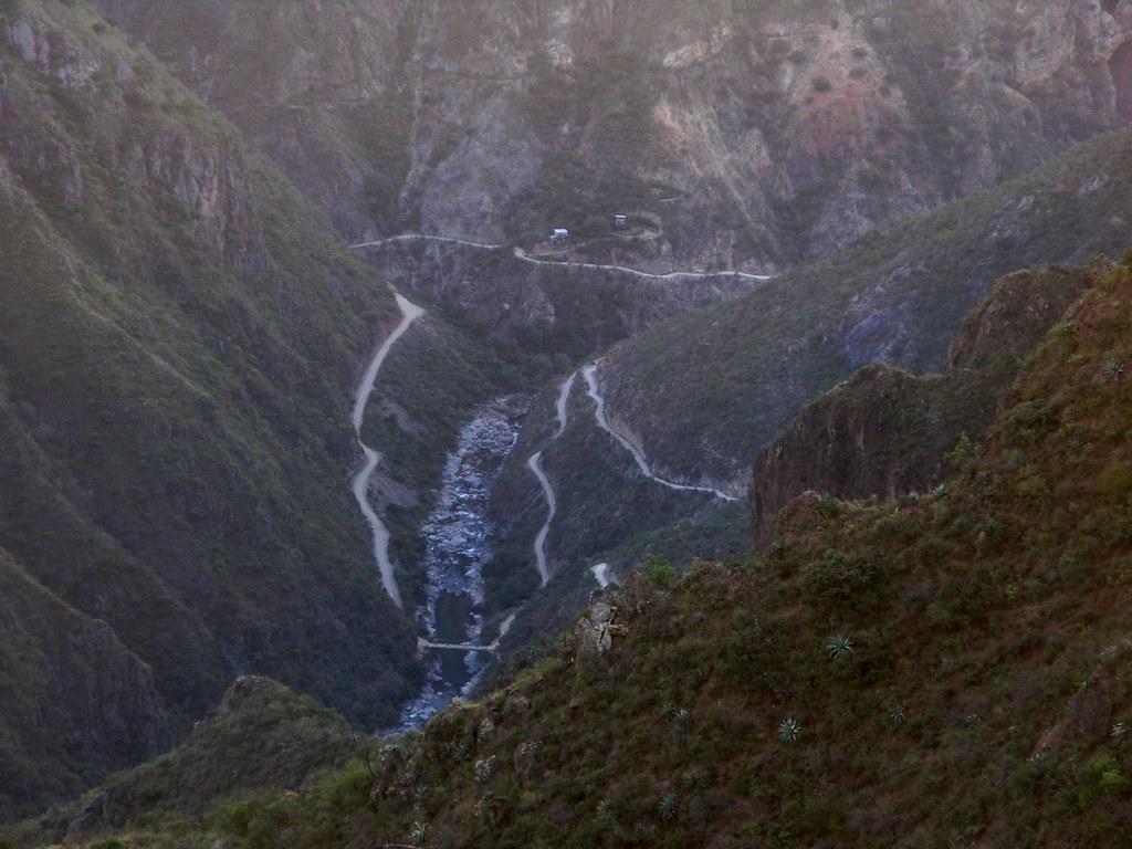 Road below - Camino abajo; Copper Canyon - Barranca del Co ...