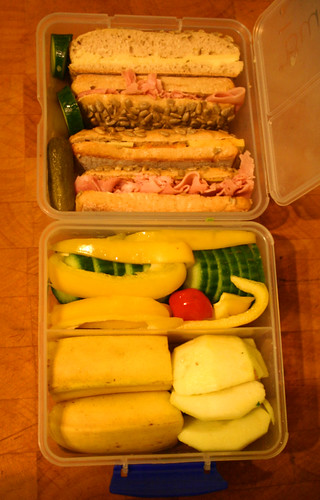 lunch i wonder does it count as a bento when it 39 s full o flickr. Black Bedroom Furniture Sets. Home Design Ideas
