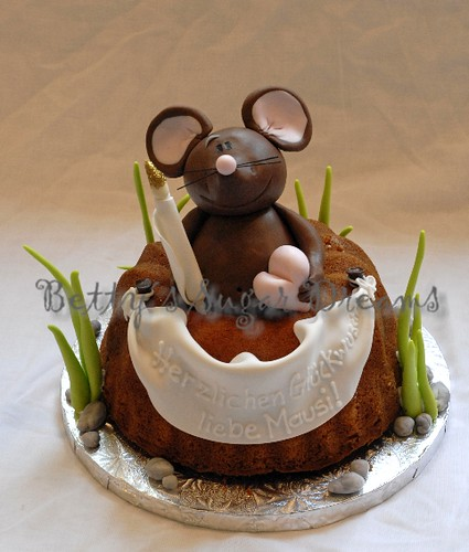 It S A Bundt Cake