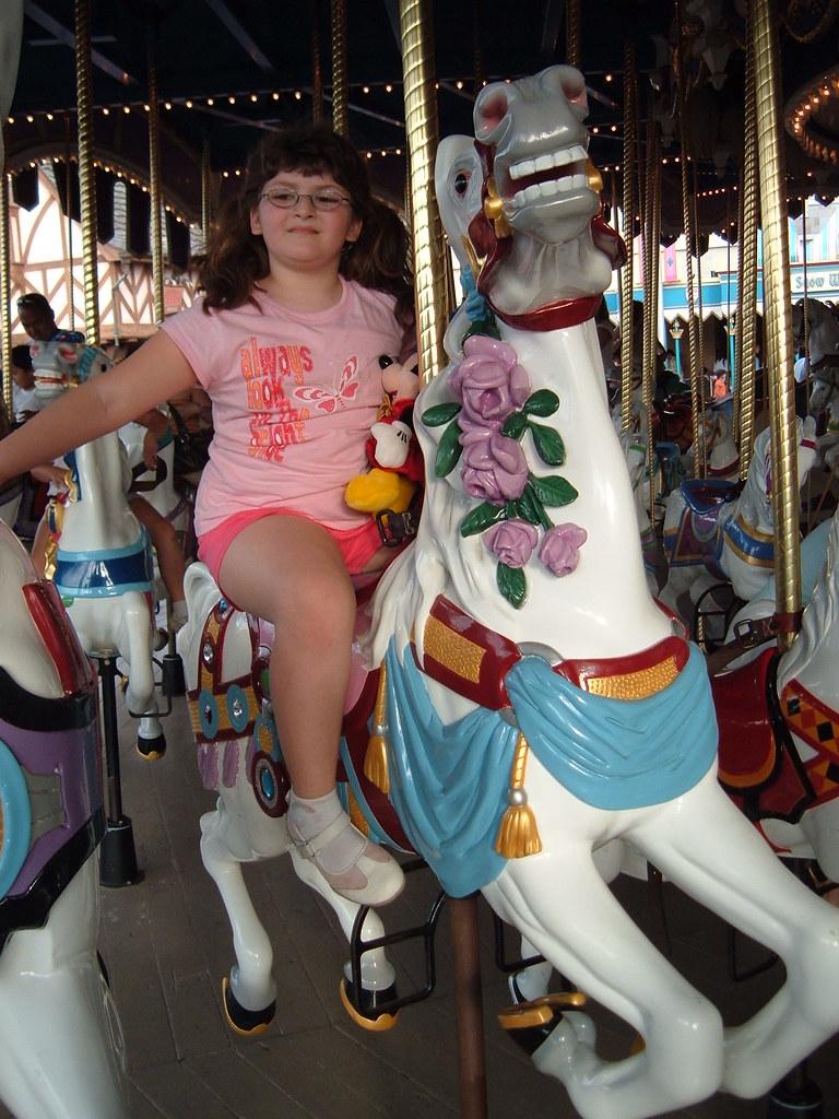 cinderella u0026 39 s horse on carousel at magic kingdom walt disne u2026