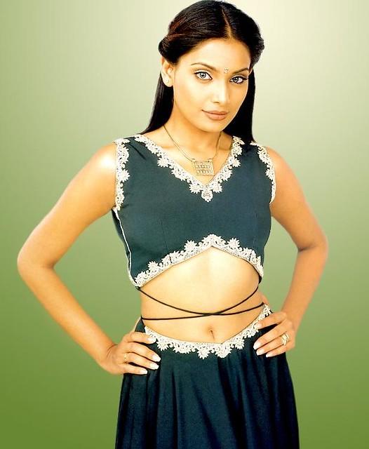 Sexy Bangla Actress Bipasha By Wallanaba