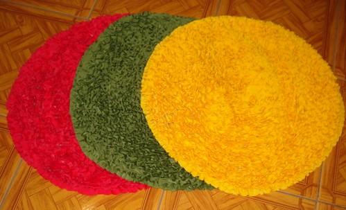 Trio Capachos Redondo Aqui apresento em tres tom cores  ~ Tapete Redondo Vermelho Quarto