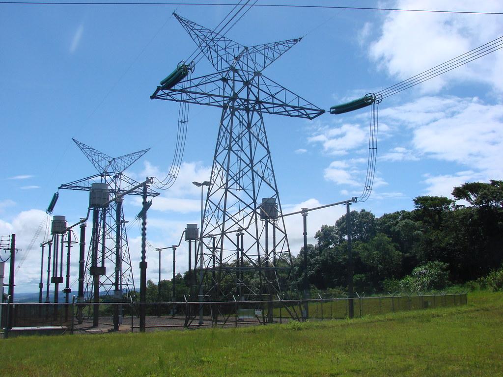 High Voltage Direct Current Supergrids : Hvdc line linha de transmissão em corrente contínua flickr