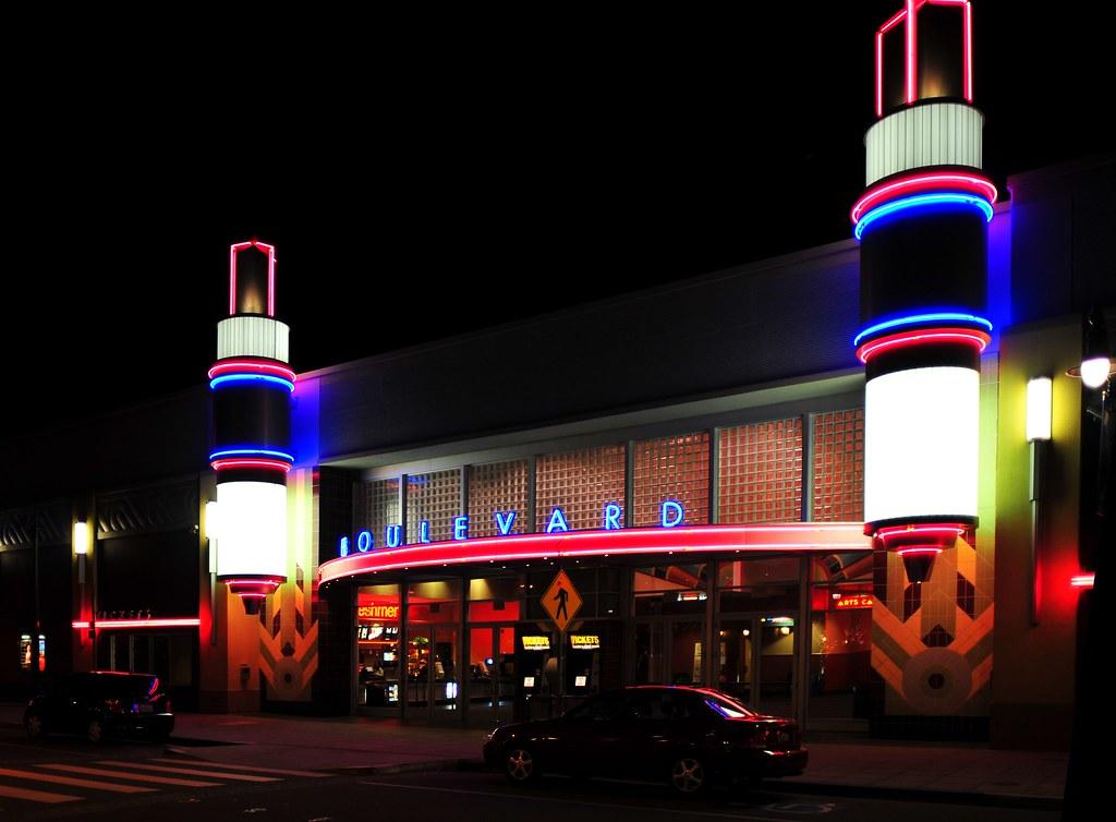 Petaluma movie theatres