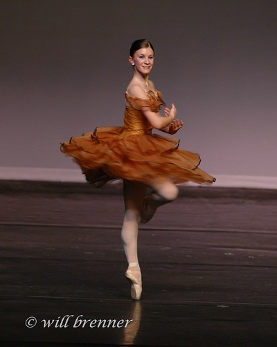 Ballet Pirouette - Ballet Dancer | Ballet Pirouette ...