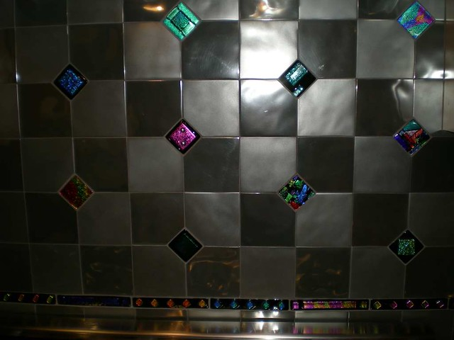 Backsplash Glass Tile Accents By Uneek Glass Fusions Flickr
