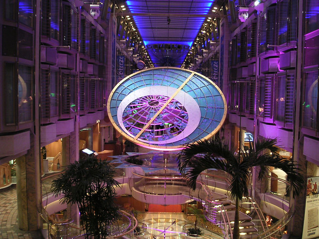 Royal Caribbean Mariner Of The Seas Mariner S Atrium