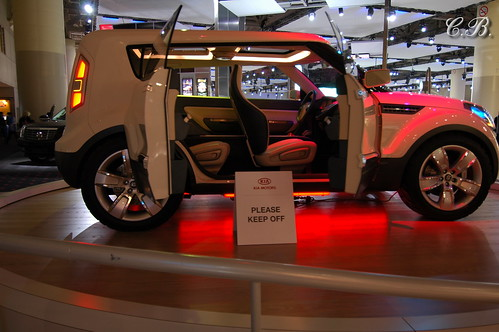 how to get free tickets to toronto auto show