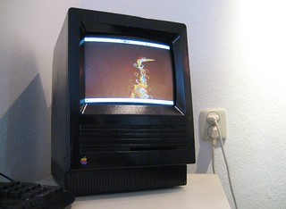 Ubuntu Hardy Heron on a (black) Mac SE/30 | by markhoekstra
