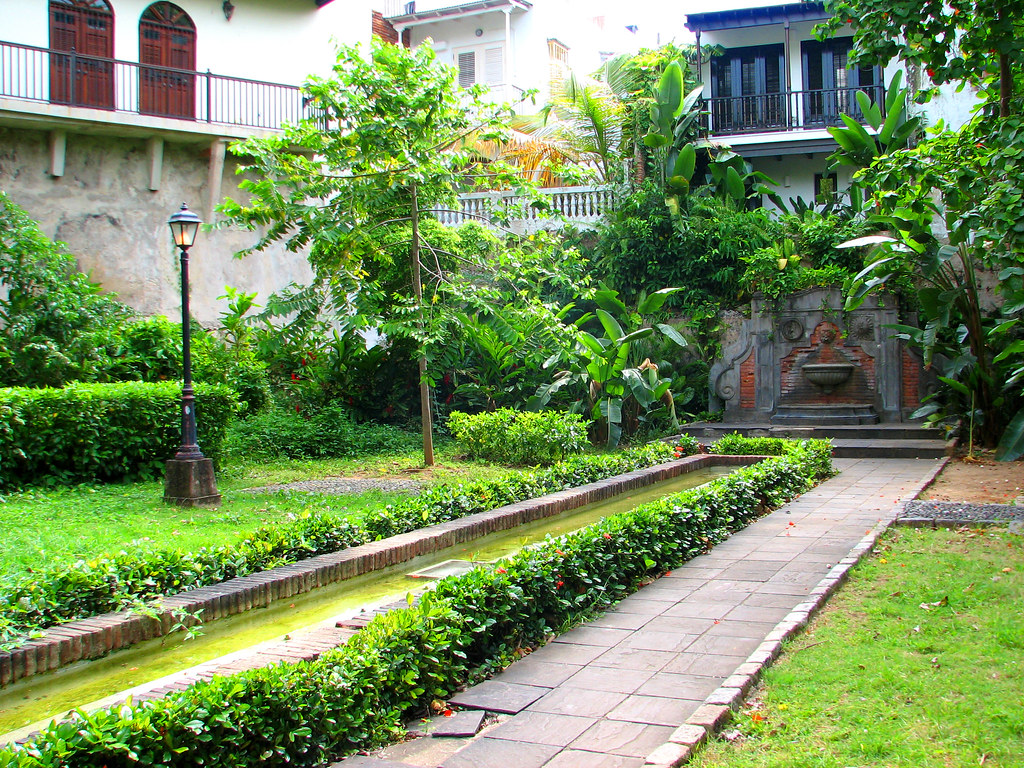 Jardines de casa blanca old san juan puerto rico flickr for Casa jardin culebra