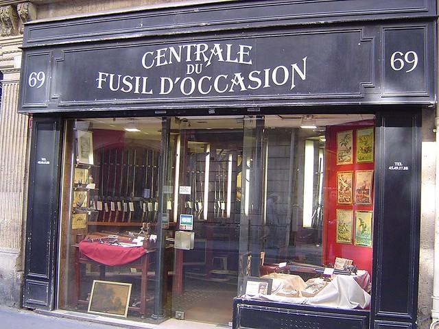 Paris Centrale Du Fusil Doccasion La Porte Rouge Flickr