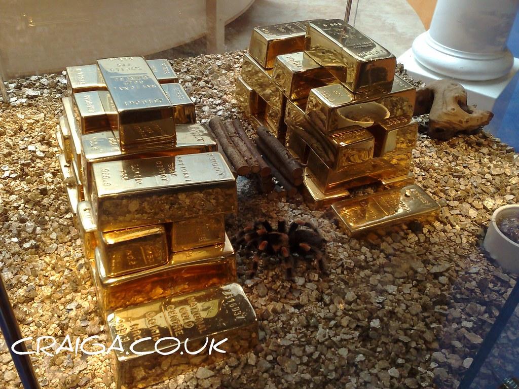 Little Friend Guarding 163 1 Million Bouillon Gold Bars Flickr