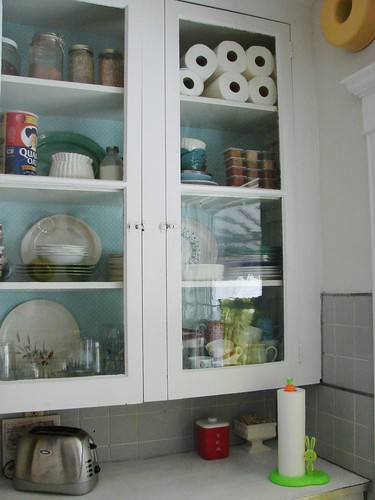 White Cupboards Kitchen Ideas