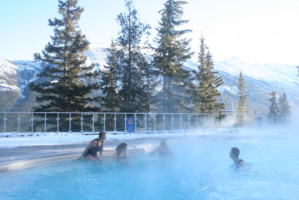Fox Hotel Banff Pool