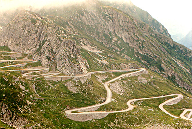st gotthard pass old road the old road through st. Black Bedroom Furniture Sets. Home Design Ideas