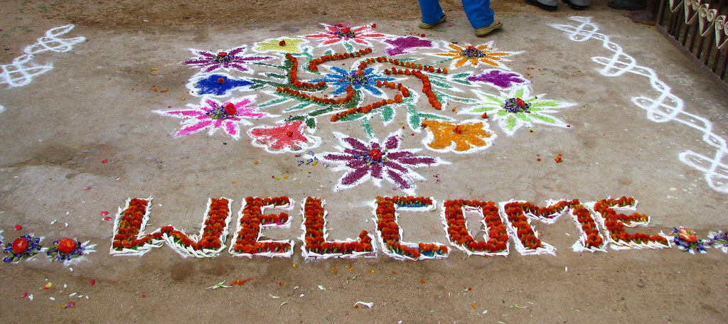 India Sights Amp Culture 027 Chalk Amp Flower Welcome Dr