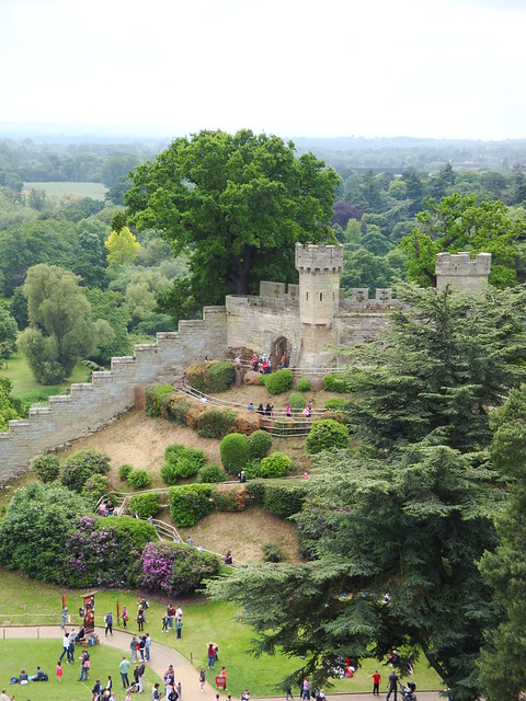 Warwick castle 2 warwick castle june 2011 by chelsea for Gardening 4 you warwick