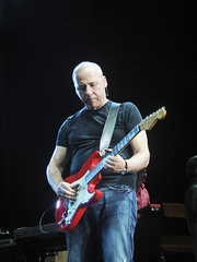 Mark Knopfler at NEC 16.05.2008 (3) by Chris J Bowley