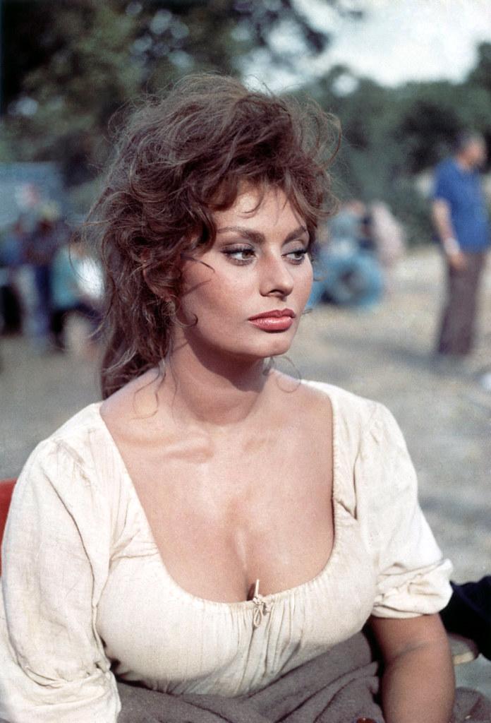 Sophia Loren Classic Beauty Sophia Loren Man Of La