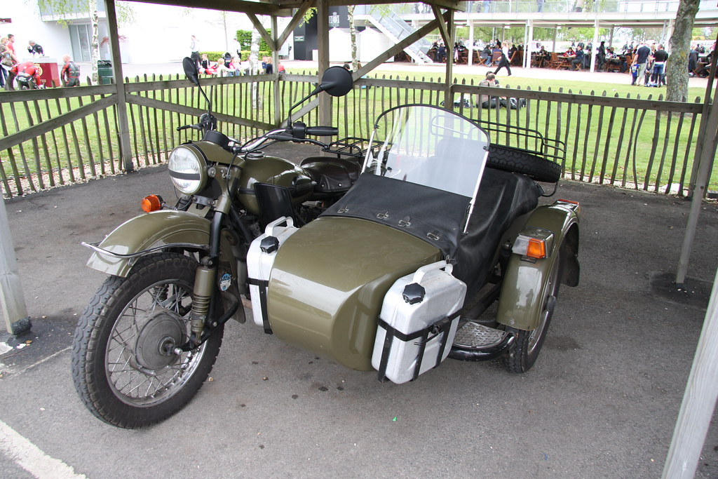 Royal Enfield Sidecar Brian Snelson Flickr