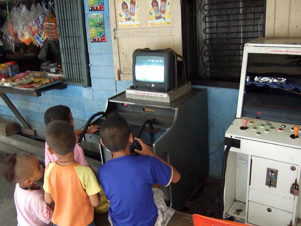 Makeshift PS2 Arcade Cabinet | megadem | Flickr