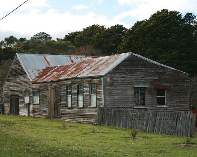 Old farm shed linton victoria flickr photo sharing for Garden shed victoria