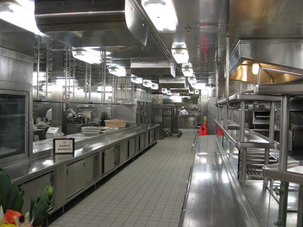 Ship 39 s galley kitchen capri room seabird2008 flickr - Cocinas para barcos ...