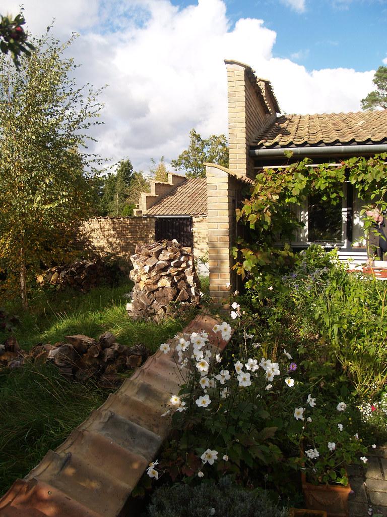 First Time Buyers >> jørn utzon, architect: kingohusene courtyard houses, helsi ...