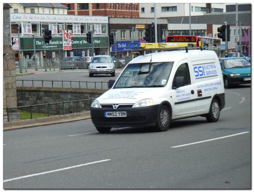 White Vauxhall Combo Paint
